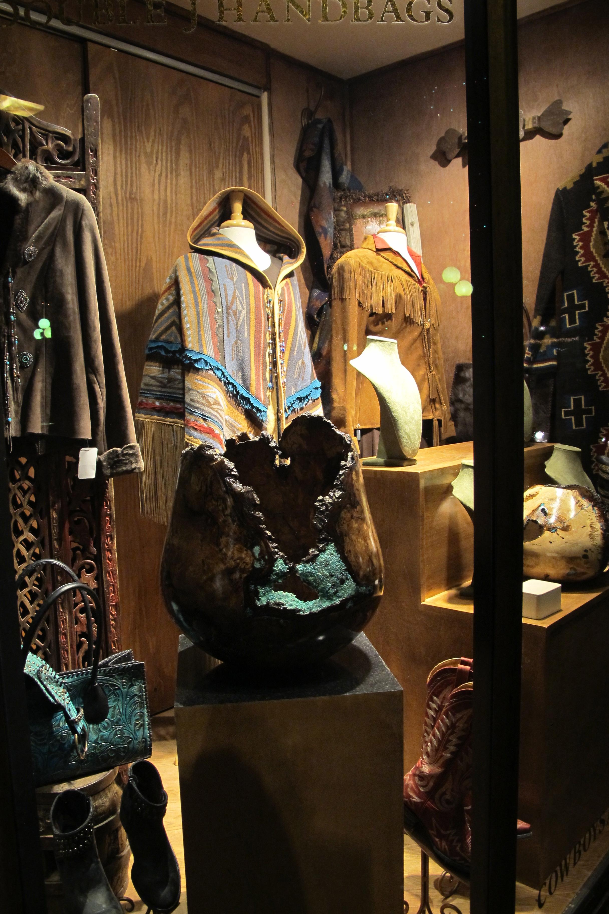 Santa Fe Style Living Room: Denise Landis Travels Blog