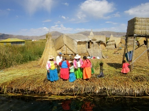 Our greeting by the Uros People